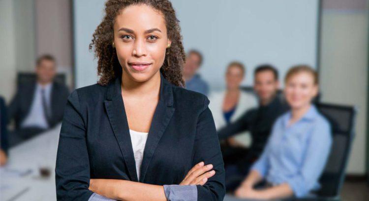 Como contratar um líder